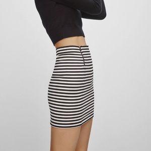 NEW Aritzia Sunday Best Mitford Mini Skirt
